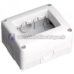 Boîtier étanche de superfcie pour 3 modules IP40 / creux